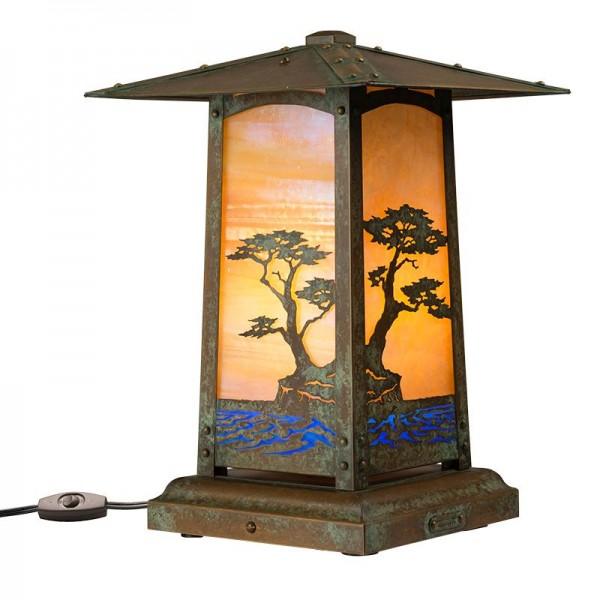 Cobblestone Pedestal Table Lamp